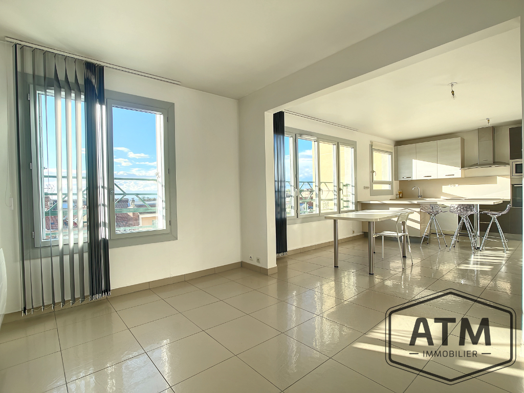 APPARTEMENT MONTMORENCY - 7 pièce(s) - 128 m2