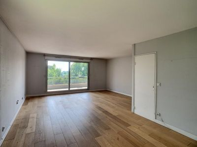APPARTEMENT MONTMORENCY - 4 pièce(s) - 84 m2 3/9